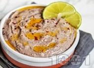 Хумус от черен боб от консерва с чесън и тахан